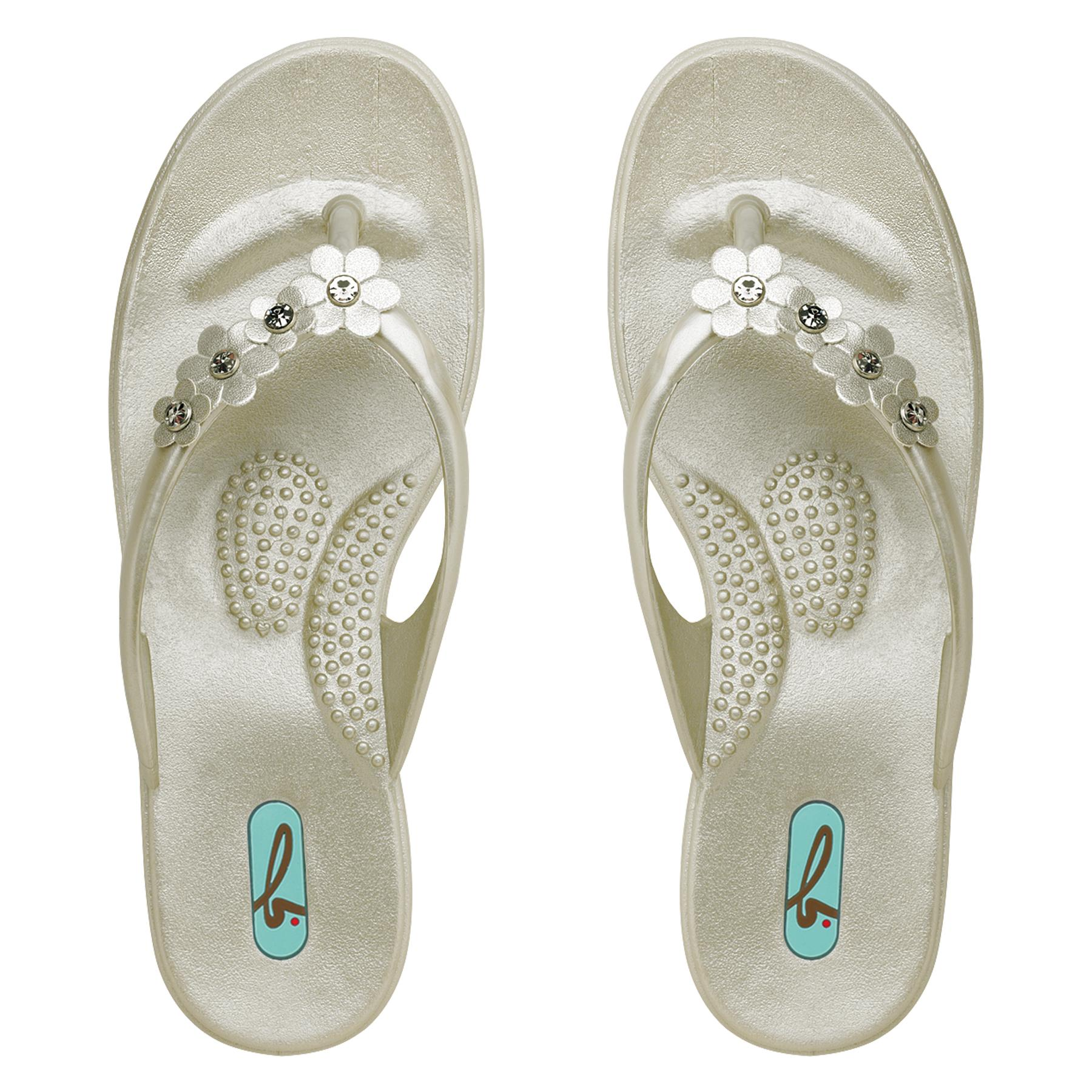 Oka B Sandals http://www.charmingchick.com/oka-b-malia-pearl-flip-flop